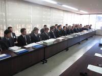 交渉に応じる県教委